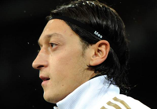Not yet the next Zidane: 'Clasico flop' Mesut Ozil must perform against Barcelona if he is to become a Real Madrid legend