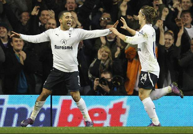 Tottenham 2-0 Everton: Aaron Lennon & Benoit Assou-Ekotto On Target As Spurs Tighten Grip On Third In Premier League