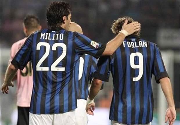 Il tempo passa all'Inter, ma di Forlan non c'è traccia: i suoi numeri peggiori di quelli di Hakan Sukur!