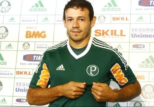 Após passagem apagada, Adalberto Román deixa o Palmeiras