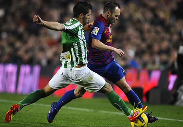 Barcelona 4-2 Betis: Alexis and Messi clinch vital win for champions after visitors had fought back from two goals down