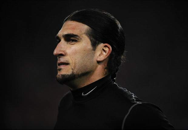 Pinto: I will try to beat Victor Valdes and become Barcelona's number one