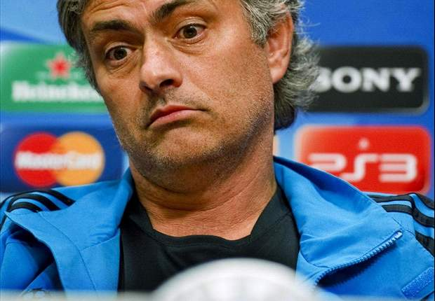 Real Madrid coach Jose Mourinho: Raul Albiol's international omission not my problem