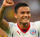 TT: Chelsea eye Chile midfielder