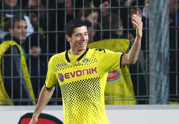 Robert Lewandowski would leave Borussia Dortmund for a 'big club', says agent