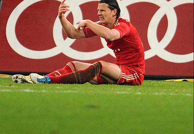Van Buyten: Bayern should not take Arsenal tie lightly