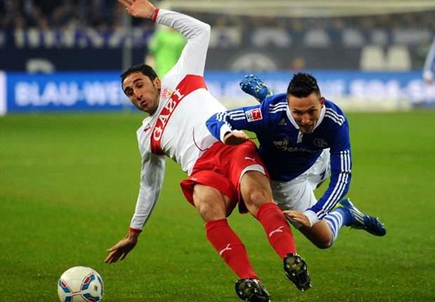 Schalke komt na ruime zege naast Bayern
