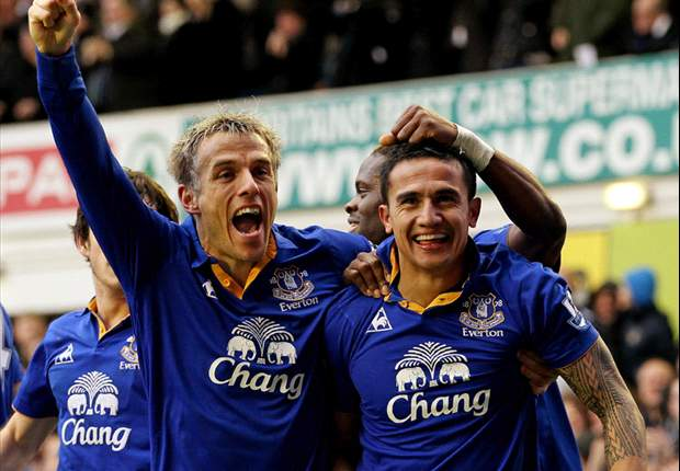 Phil Neville hopes to build on Everton's recent momentum