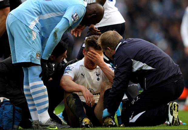 Manchester City elect not to appeal Mario Balotelli's four-match ban for Scott Parker stamp