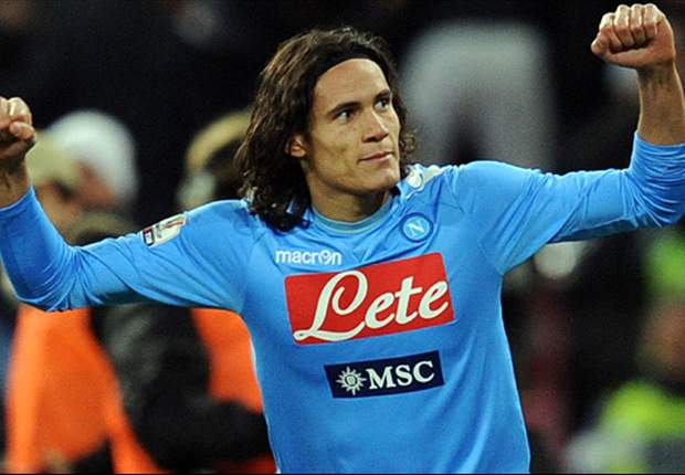 Chelsea join £40m race for Napoli sensation Edinson Cavani as they prepare to offload Didier Drogba & Fernando Torres