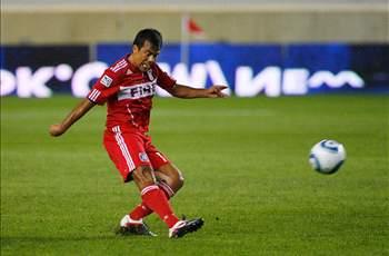 Chicago Fire midfielder Pavel Pardo announces retirement