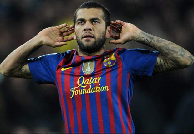 Dani Alves: Pique has every right to be angry over red card