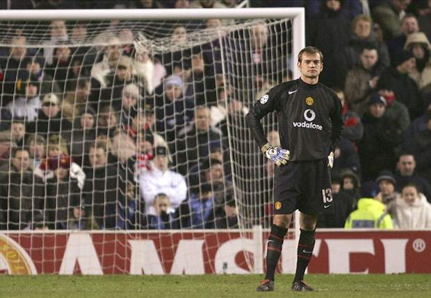 Manchester United dominance won't end with Ferguson's retirement, insists Roy Carroll