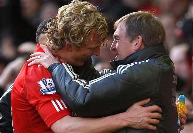 Liverpool 2-1 Manchester United: Dramatic late Dirk Kuyt winner sees Reds dump rivals out of FA Cup
