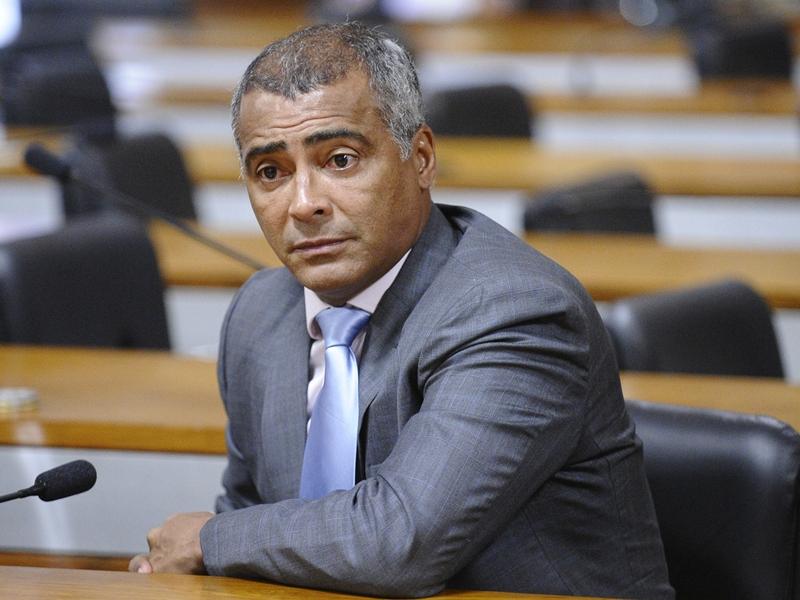 Romário elencará motivos para quebra de sigilo de Del Nero
