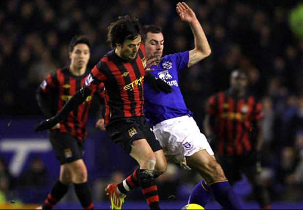 Everton 1-0 Manchester City: Second-half Darron Gibson goal gives hosts priceless victory over Premier League leaders
