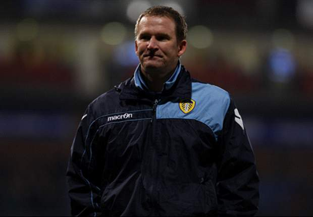 Leeds United sack manager Simon Grayson