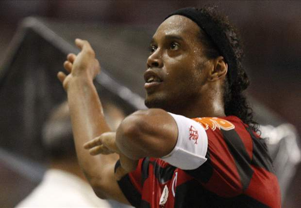 Palmeiras admit Ronaldinho interest