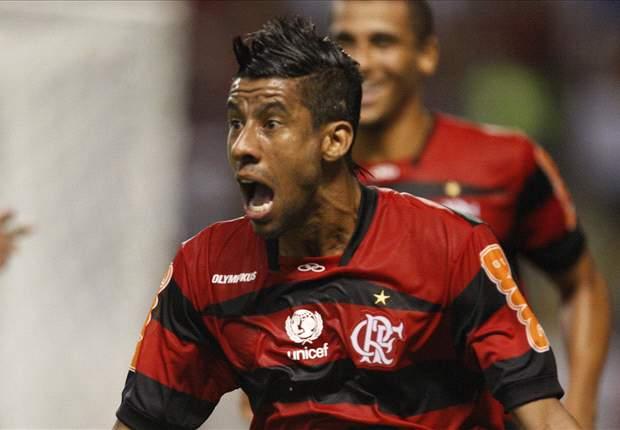 Leonardo Moura renova com o Flamengo