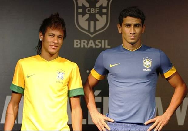 Santos stars Neymar & Ganso present Brazil shirt for 2012 Olympic Games