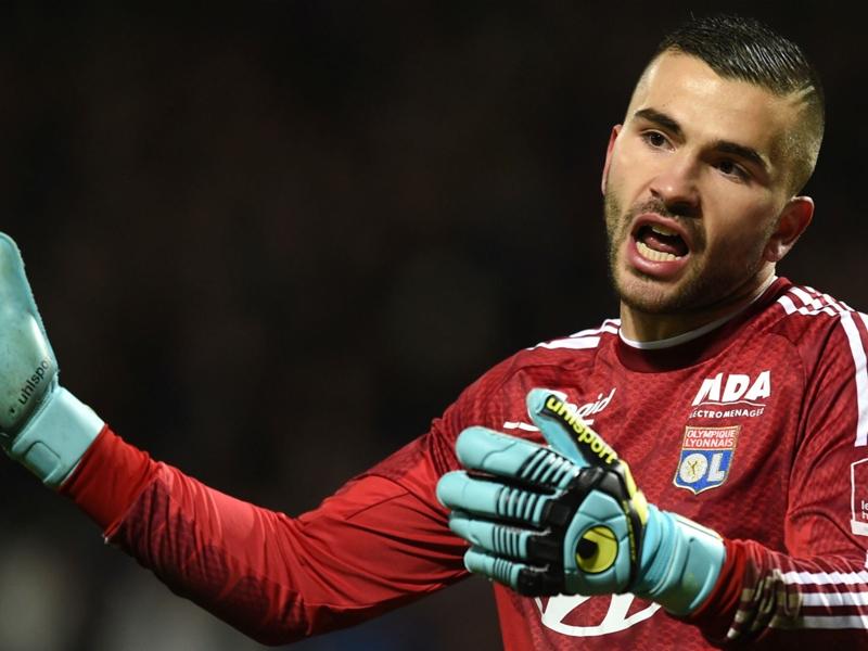 """Lyon, Lopes : """"Je ne suis pas au niveau des attentes"""""""
