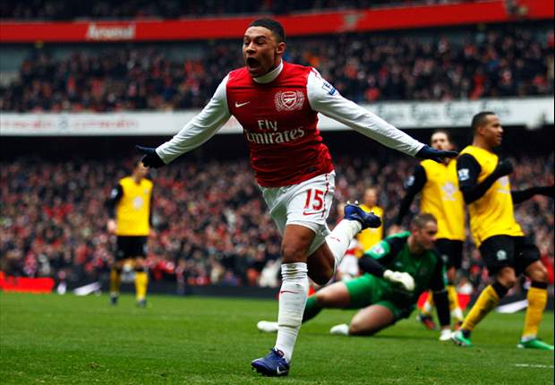 Wenger tips Arsenal's Oxlade-Chamberlain for Euro 2012 call-up