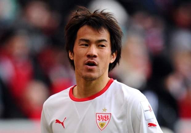 Shinji Okazaki injures right knee, to miss up to three weeks of play