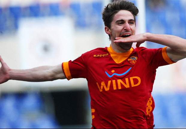Roma's Fabio Borini an example for all Italian youngsters, says agent