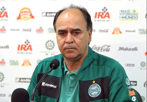 Técnico Marcelo Oliveira quer time longe de polêmica com arbitragem