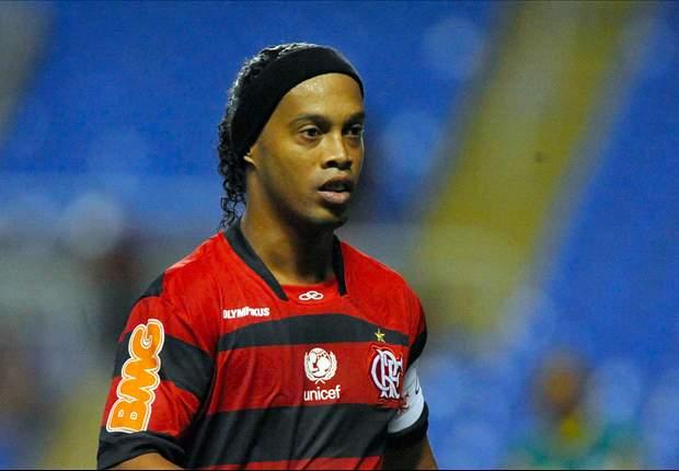 Palmeiras rejeita possibilidade de contratar Ronaldinho