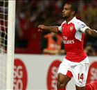 Walcott in no rush to sign new deal