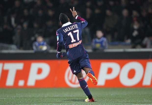 Alexandre Lacazette Antarkan Kemenangan Lyon