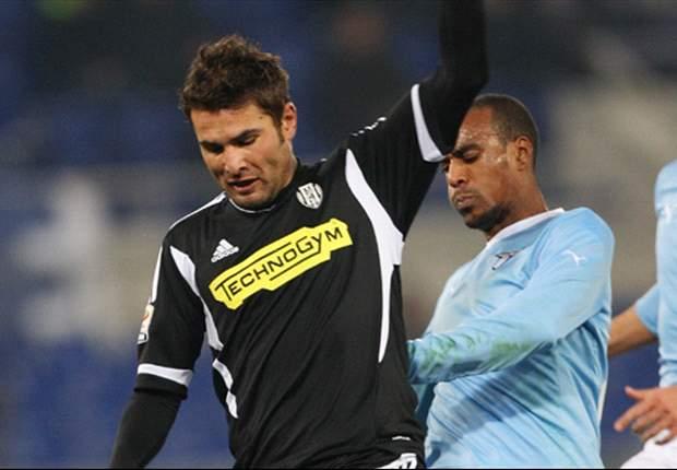 """Mutu dice addio all'Italia, ma in patria non sa proprio dove accasarsi: """"Meglio alla Dinamo Bucarest o alla Steaua?"""""""