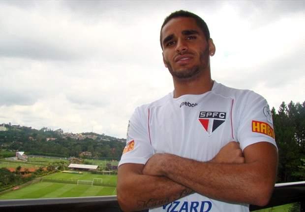 São Paulo: Douglas quer gol contra o Atlético-MG