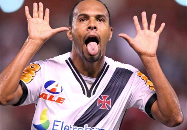 Alecsandro revela insatisfação com desempenho do clube no Brasileirão