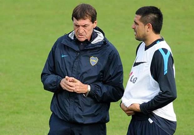 Boca's Falcioni is waiting for Riquelme return