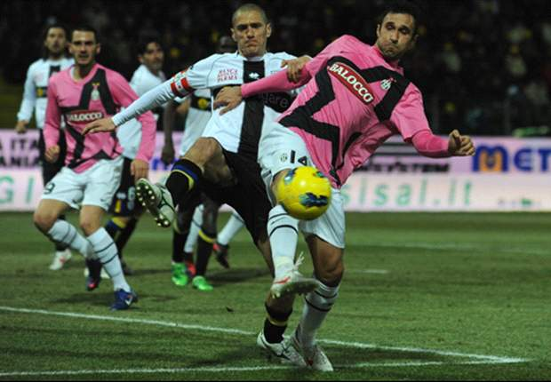 Parma 0-0 Juventus: Vucinic and Giaccherini squander excellent chances to ensure AC Milan stays top of Serie A