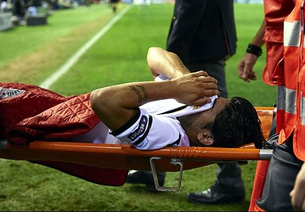 Ever Banega run over by his own car & the Top 10 bizarre football injuries