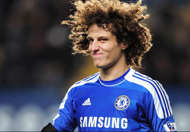 Chelsea boss Di Matteo inists David Luiz is not for sale amid Barcelona rumours