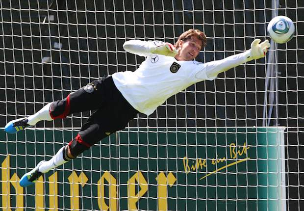 Bayer Leverkusen goalkeeper Rene Adler set to sign four-year deal with Hamburg - report