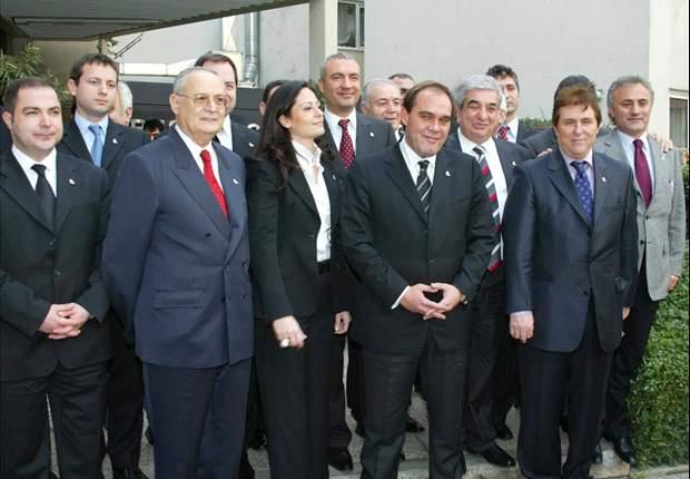 Yildirim Demören als Besiktas-Präsident zurückgetreten