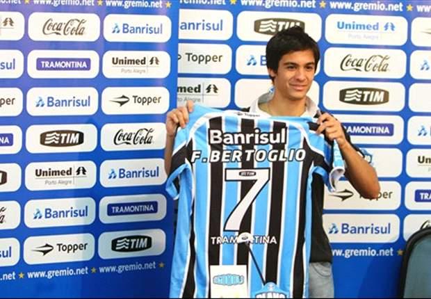 Bertoglio fica no Grêmio
