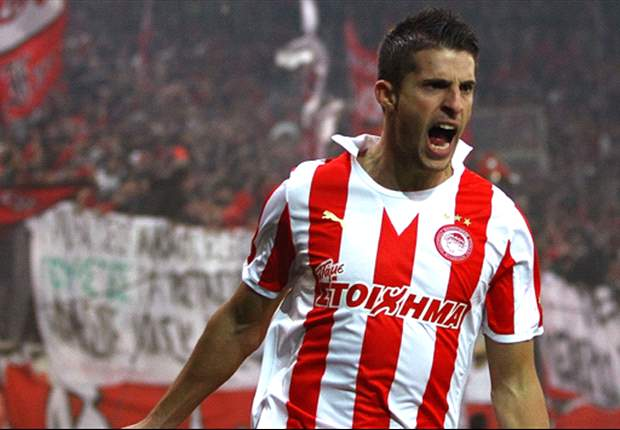 Olympiakos striker Mirallas reveals Arsenal talks