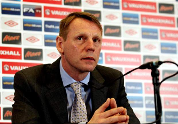 Eastick backs Pearce to lead England into Euro 2012