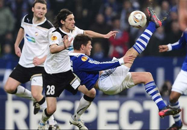 Freiburg - Schalke Preview: Title challengers look to keep up with pace-setters against relegation strugglers