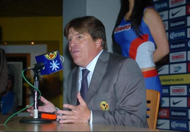 """Para Miguel Herrera, """"lo que más duele es perder a Reyes"""""""