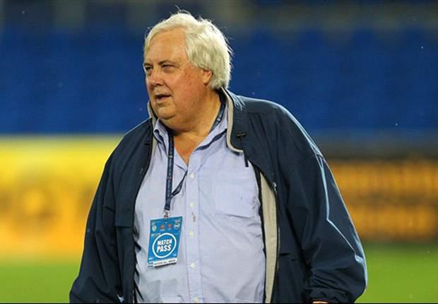 Criticism mounts against Clive Palmer as Fifa, AFC, A-League clubs back FFA