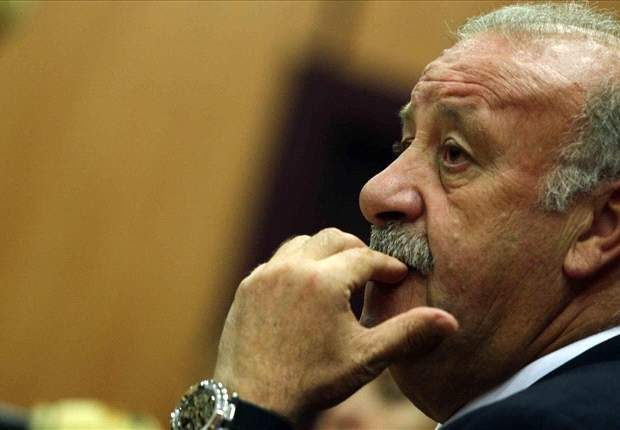 Del Bosque asks RFEF to rearrange Copa del Rey final to aid Euro 2012 preparations - report