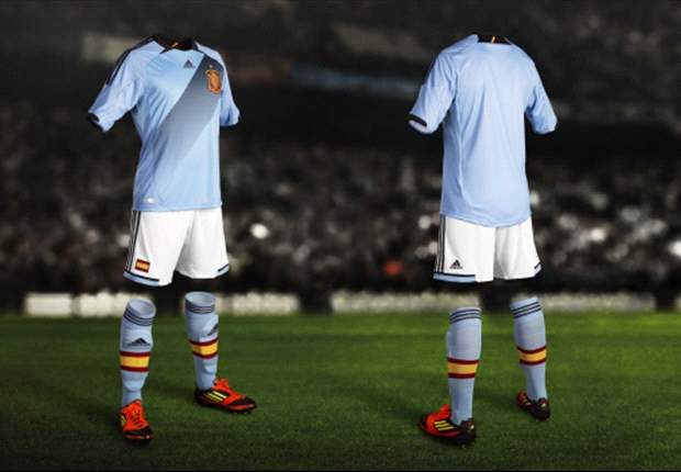 'Celestial' Spain unveil new sky-blue second strip for Euro 2012