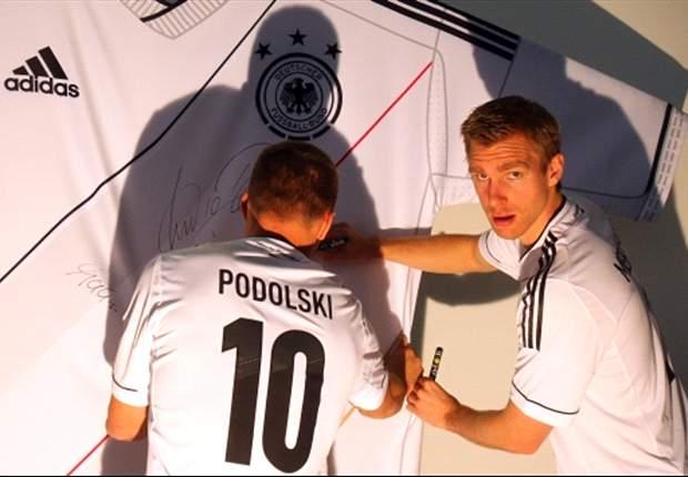 """""""Another German Gunner"""": Lukas Podolski und sein Wechsel zu Arsenal - Dank Twitter schnell ein weltweiter Trend"""